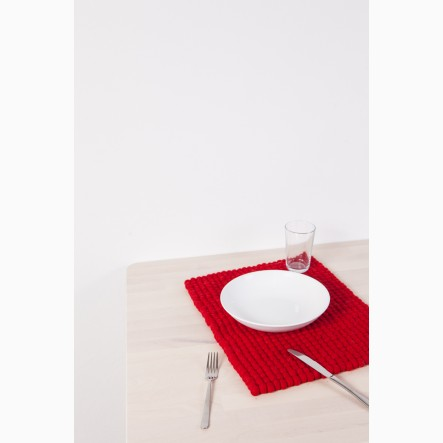 myfelt Cera Felt Ball-Table Mat red, rectangular, 35 x 45 cm