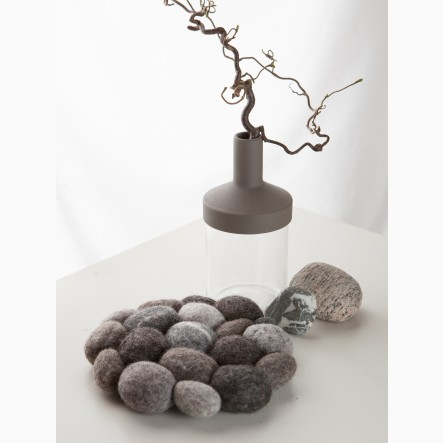 myfelt Hardy, round Pot Coaster made of grey felt pebbles, Ø 20 cm